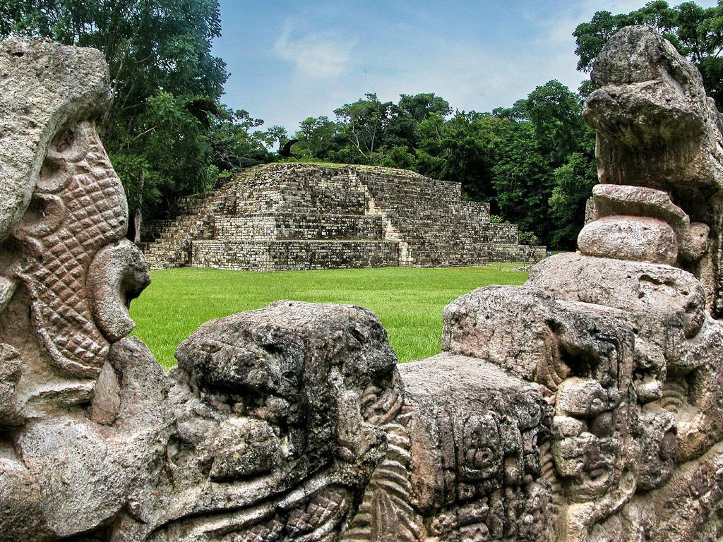 honduras-temple